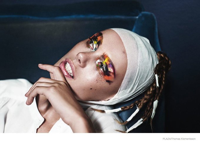 frida-gustavsson-performance-art07.jpg