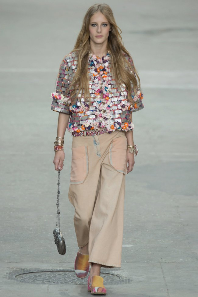 chanel-2015-spring-summer-runway29.jpg