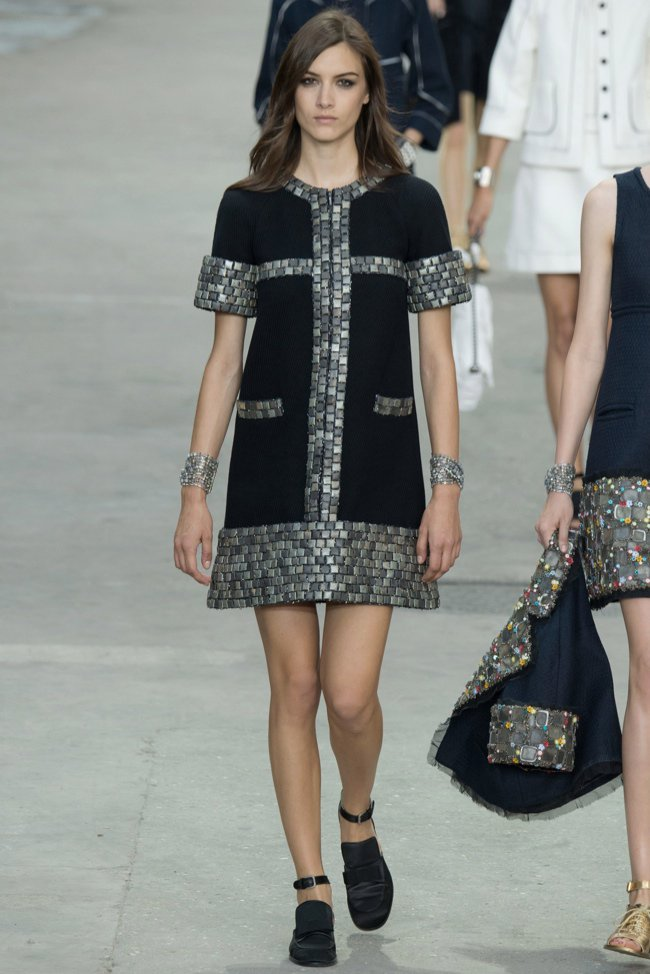 chanel-2015-spring-summer-runway32.jpg