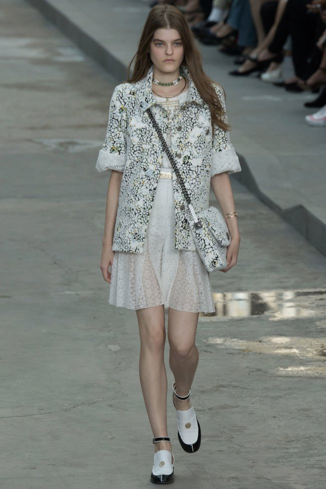 chanel-2015-spring-summer-runway43.jpg