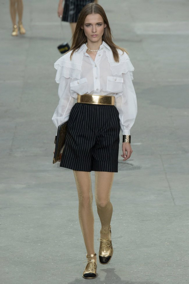 chanel-2015-spring-summer-runway58.jpg
