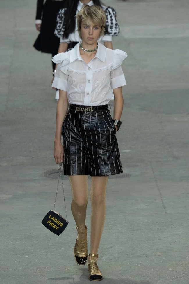 chanel-2015-spring-summer-runway59.jpg