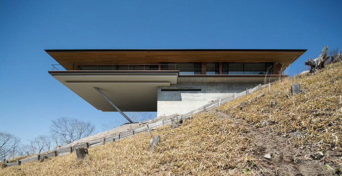 Yatsugatake-Flying-House-Kidosaki-Architecture-Studio-02.jpg