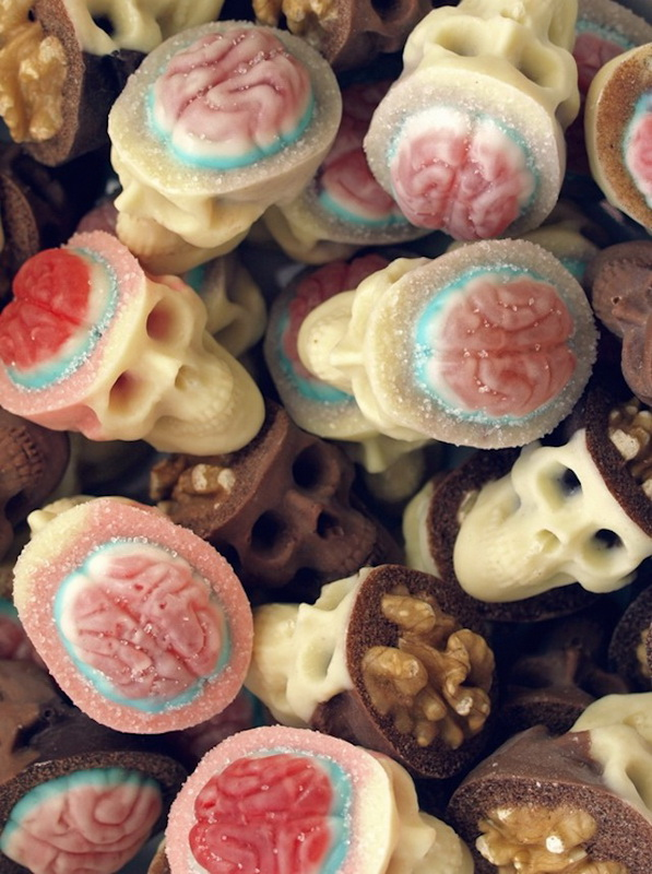 Creative-Chocolate-Skulls-3.jpg