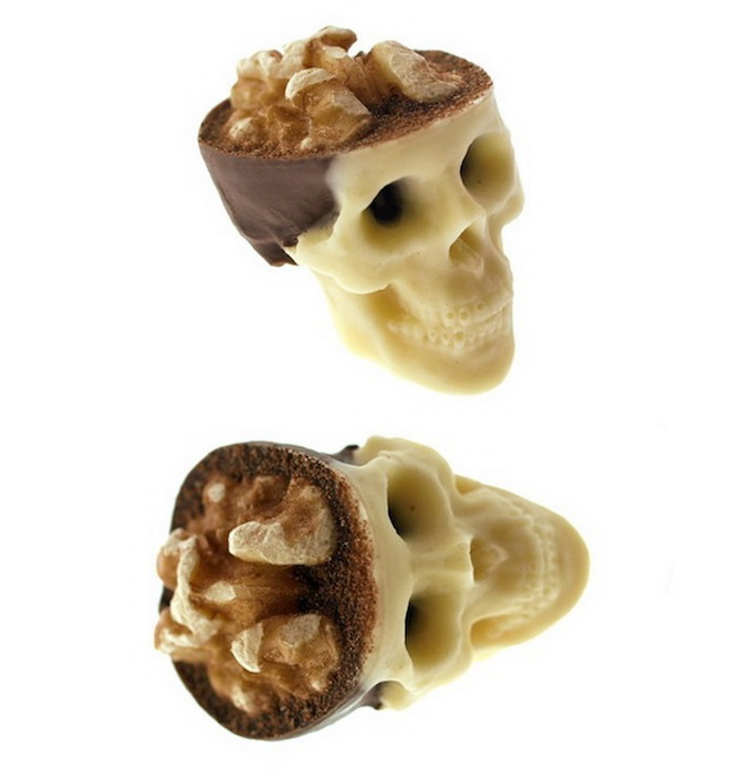 Creative-Chocolate-Skulls-5.jpg