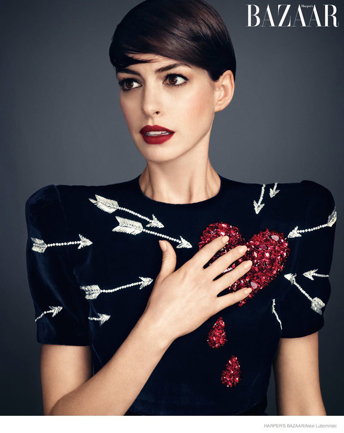 anne-hathaway-harpers-bazaar-november-2014-photoshoot02.jpg