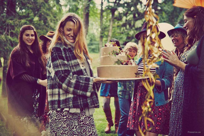blake-lively-baby-shower-photos03.jpg