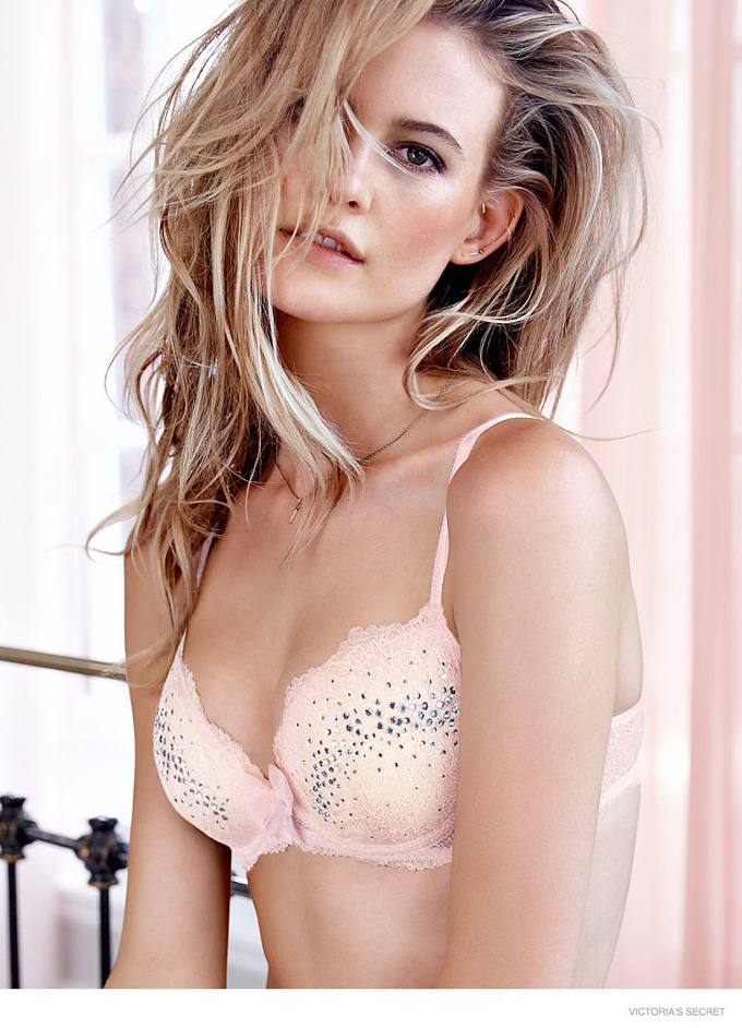 behati-prinsloo-vs-photos02.jpg