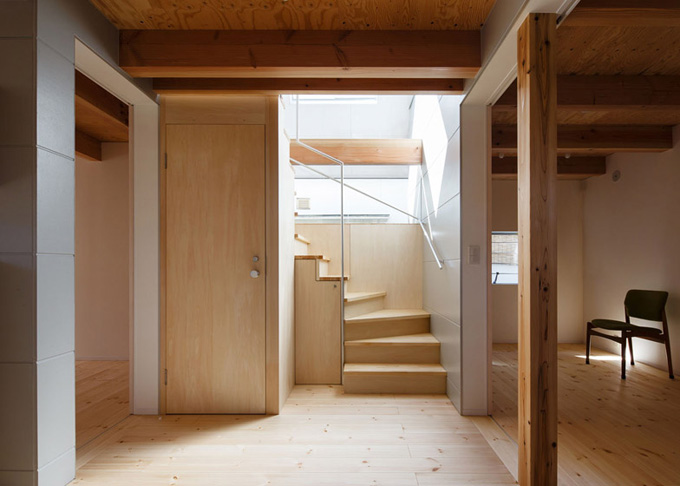 HouseAA-by-Moca-Architects_archiscene_784_3.jpg