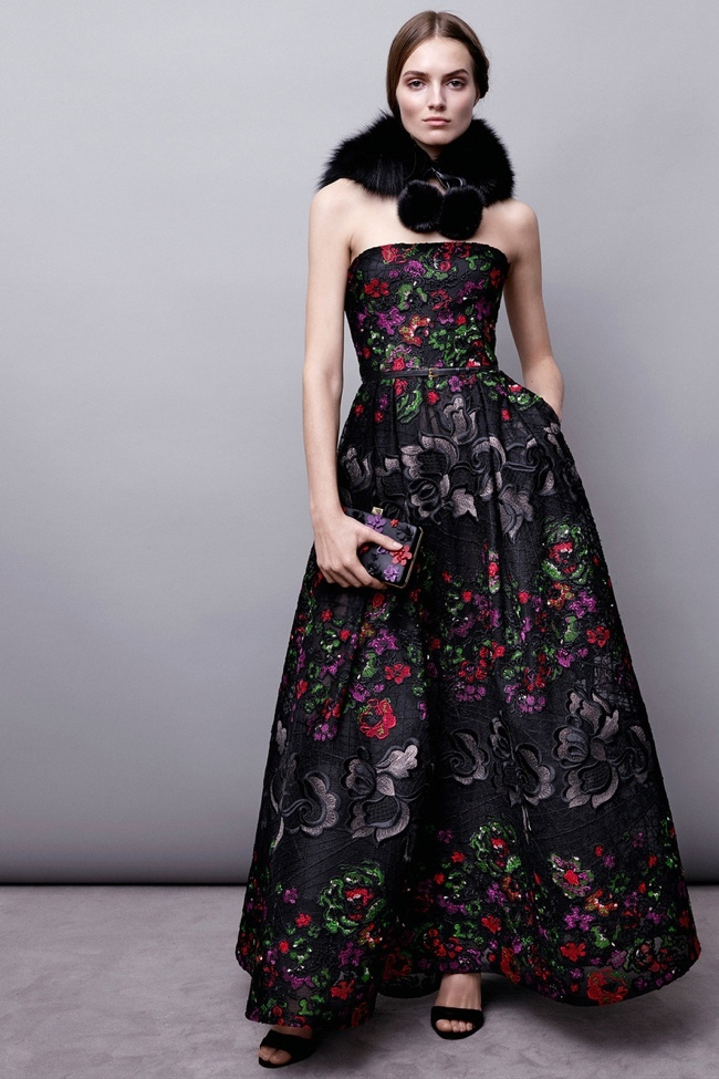 elie-saab-pre-fall-2015-photos02.jpg