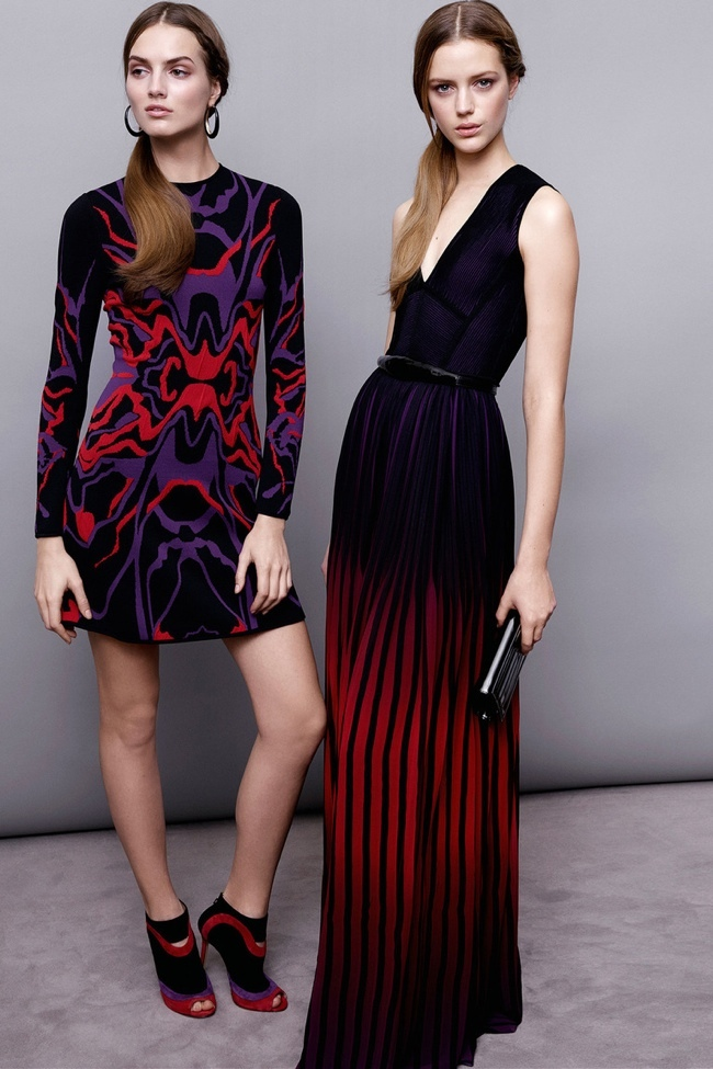elie-saab-pre-fall-2015-photos18.jpg