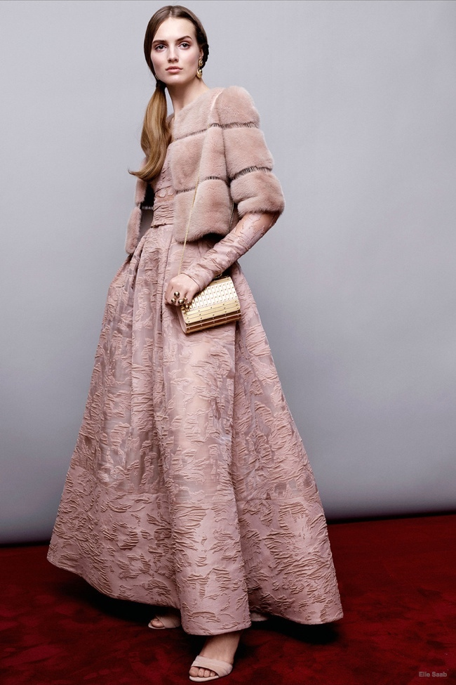 elie-saab-pre-fall-2015-photos25.jpg