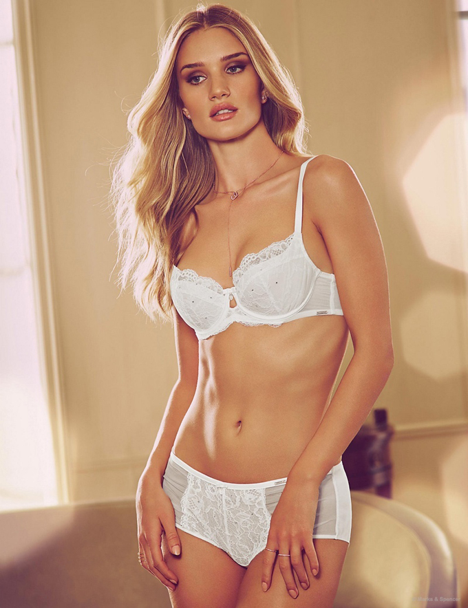rosie-huntington-whiteley-autograph-pajamas-lingerie-pictures13.jpg
