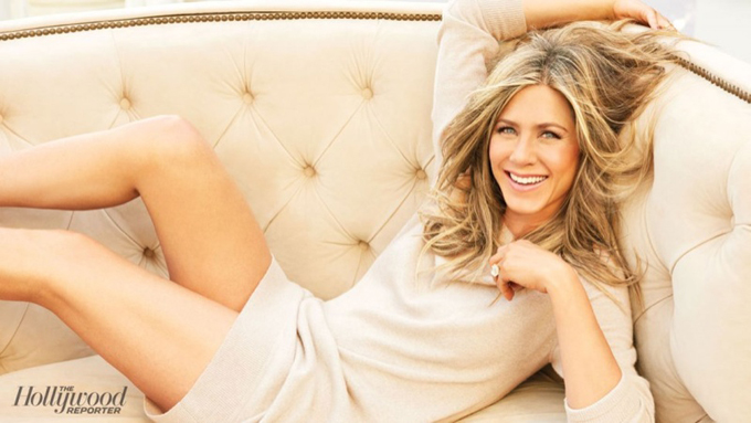 jennifer-aniston-hollywood-reporter-january-2015-photos1.jpg
