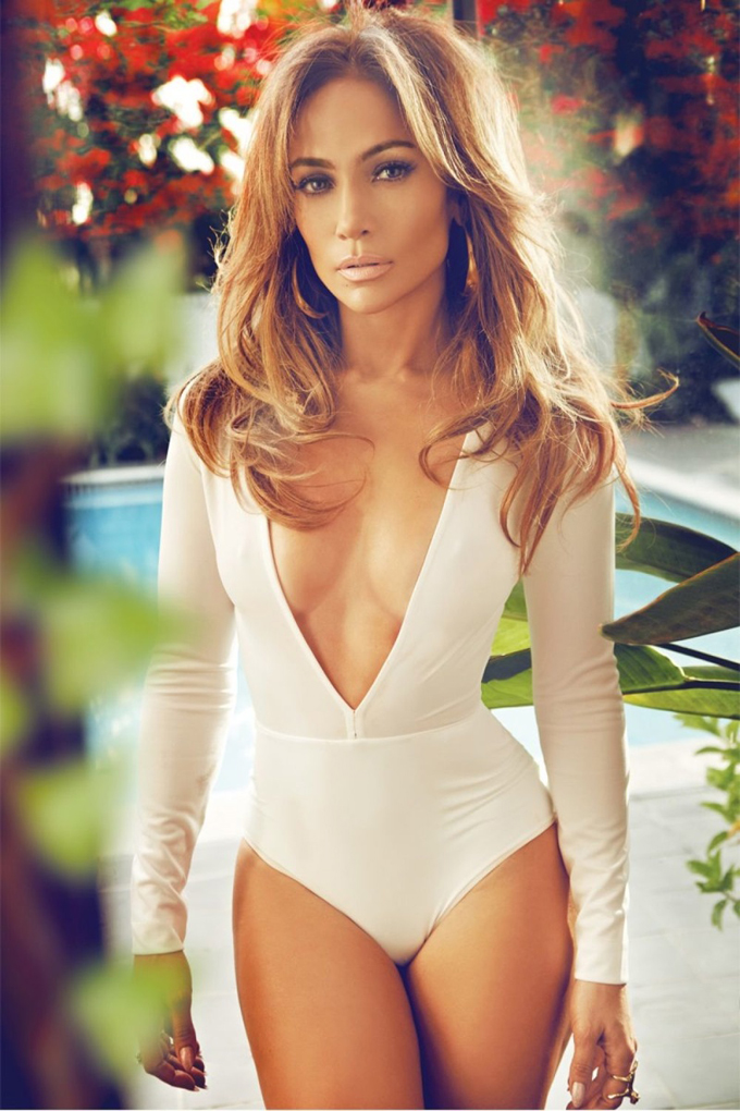 jennifer-lopez-complex-february-2015-photos04.jpg