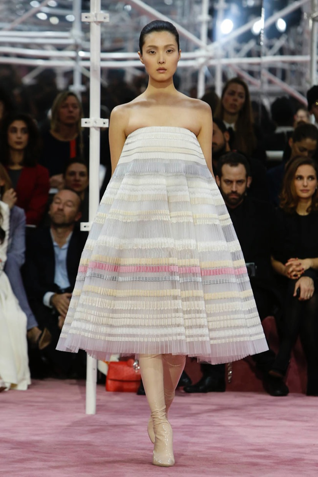 dior-haute-couture-spring-2015-runway-photos15.jpg