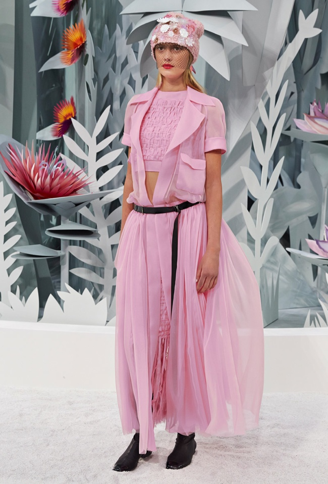 chanel-haute-couture-spring-2015-runway-show11.jpg