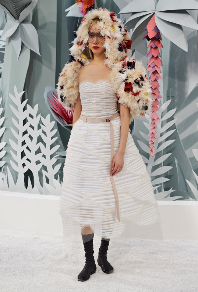 chanel-haute-couture-spring-2015-runway-show13.jpg
