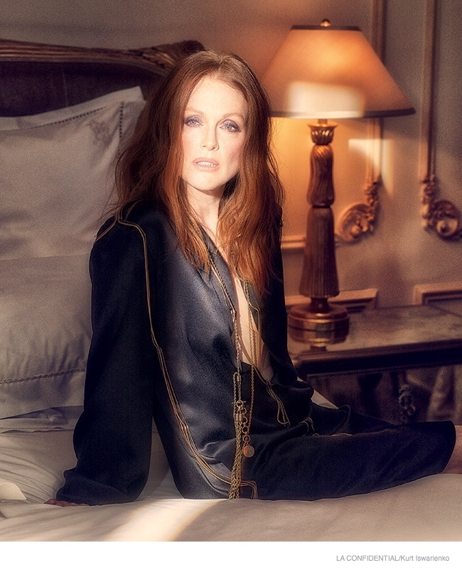 julianne-moore-sexy-fashion-shoot05.jpg