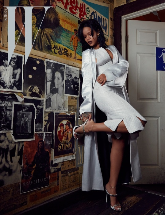 rihanna-dior-fashion-shoot-w-korea05.jpg