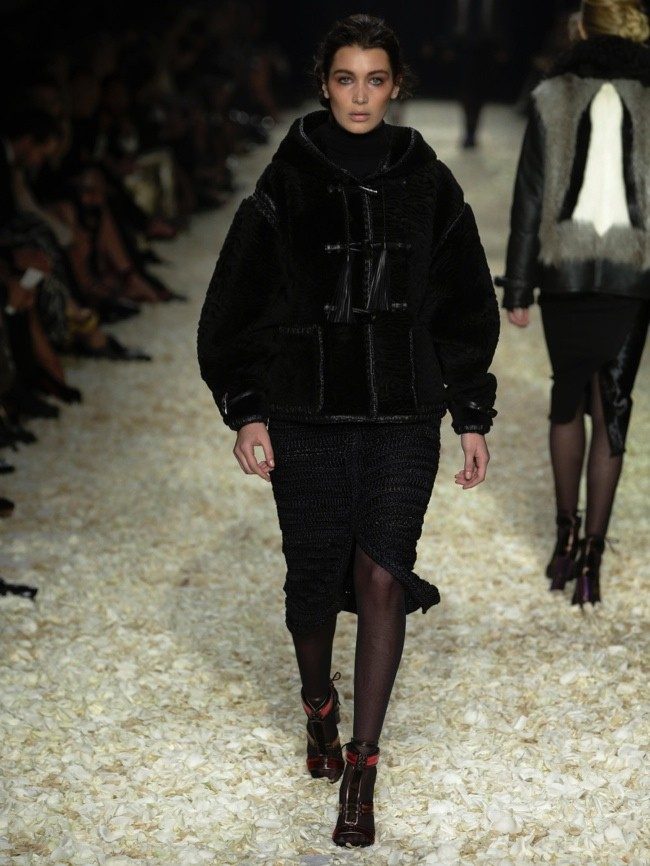 tom-ford-2015-fall-winter-runway-photos20.jpg