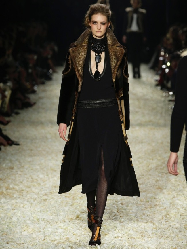 tom-ford-2015-fall-winter-runway-photos22.jpg