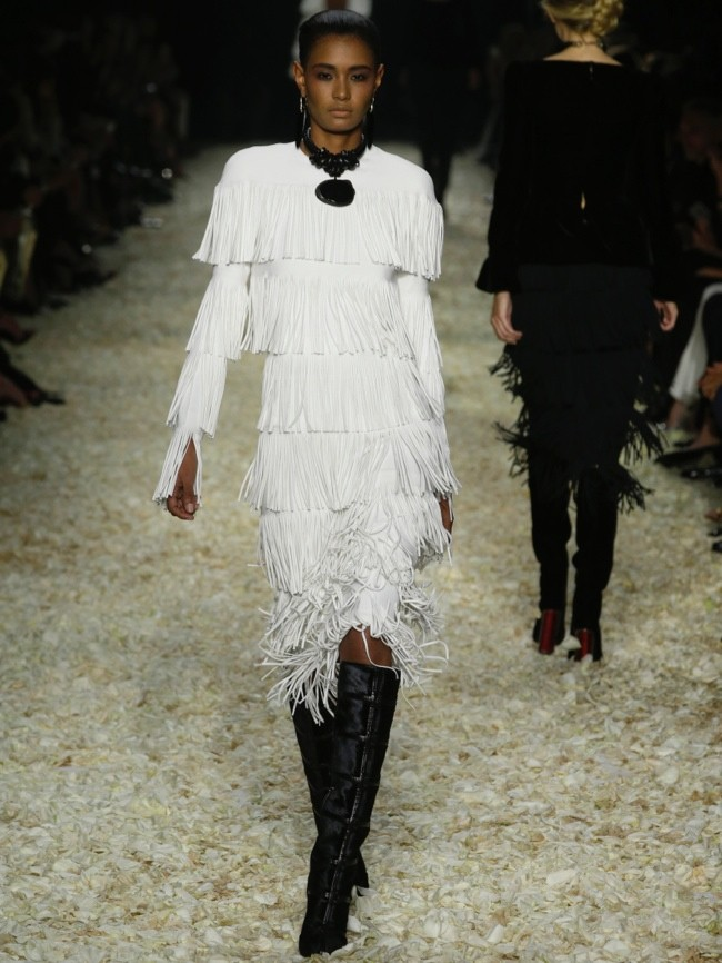 tom-ford-2015-fall-winter-runway-photos26.jpg