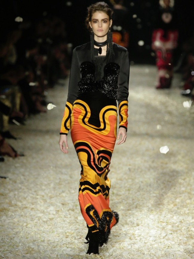 tom-ford-2015-fall-winter-runway-photos34.jpg