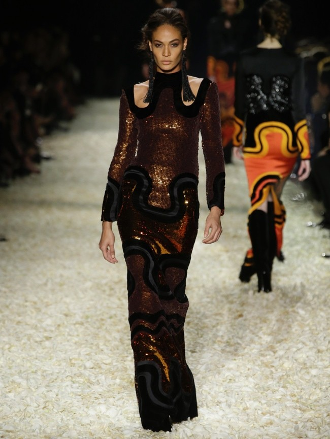 tom-ford-2015-fall-winter-runway-photos35.jpg