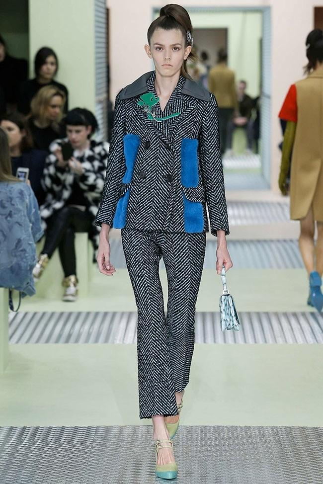 prada-fall-winter-2015-runway08.jpg