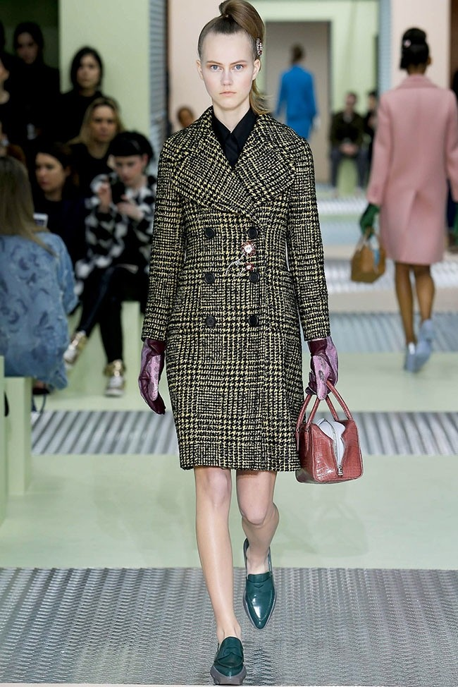 prada-fall-winter-2015-runway19.jpg