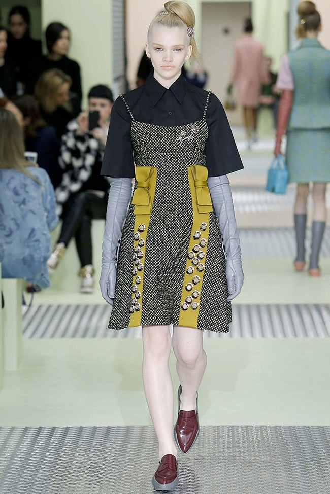 prada-fall-winter-2015-runway20.jpg