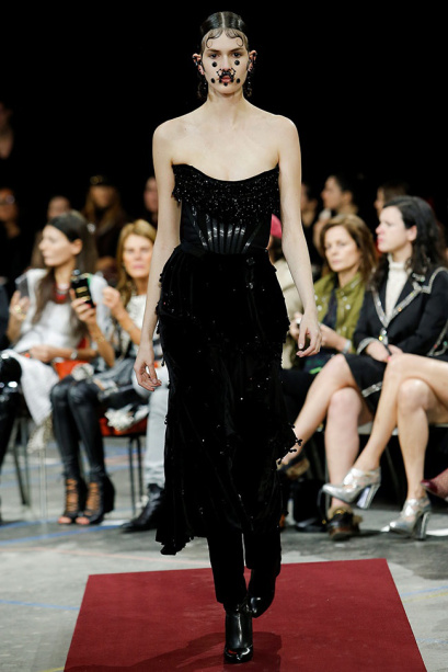 givenchy-fall-winter-2015-runway46.jpg