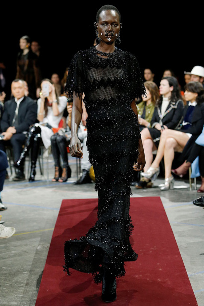 givenchy-fall-winter-2015-runway48.jpg
