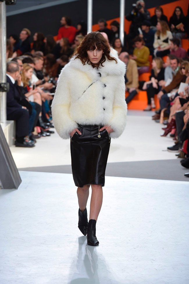 louis-vuitton-fall-winter-2015-runway02.jpg