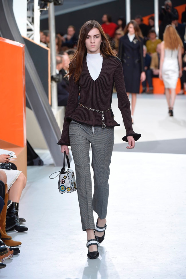 louis-vuitton-fall-winter-2015-runway15.jpg