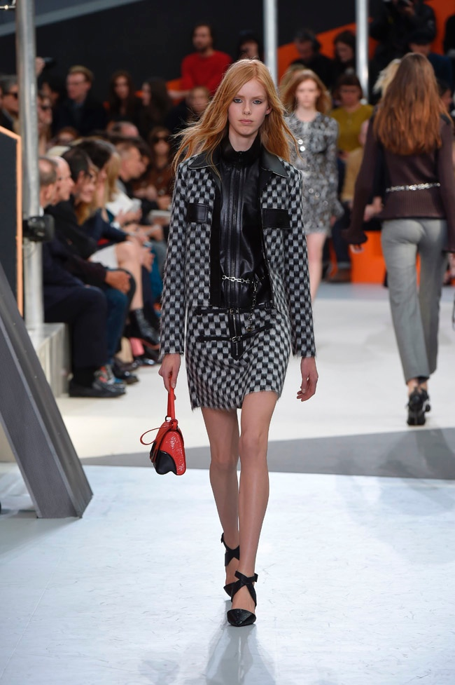 louis-vuitton-fall-winter-2015-runway21.jpg