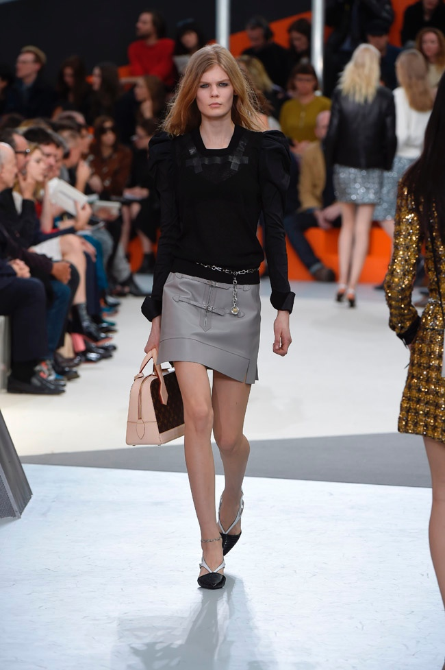 louis-vuitton-fall-winter-2015-runway32.jpg