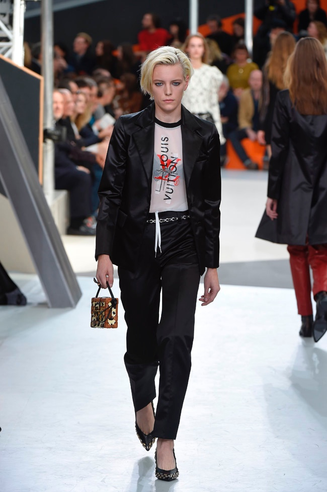 louis-vuitton-fall-winter-2015-runway45.jpg