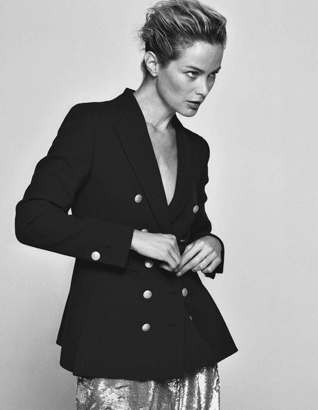 Carolyn-Murphy-Elle-Italia-Matt-Jones-13-620x801.jpg