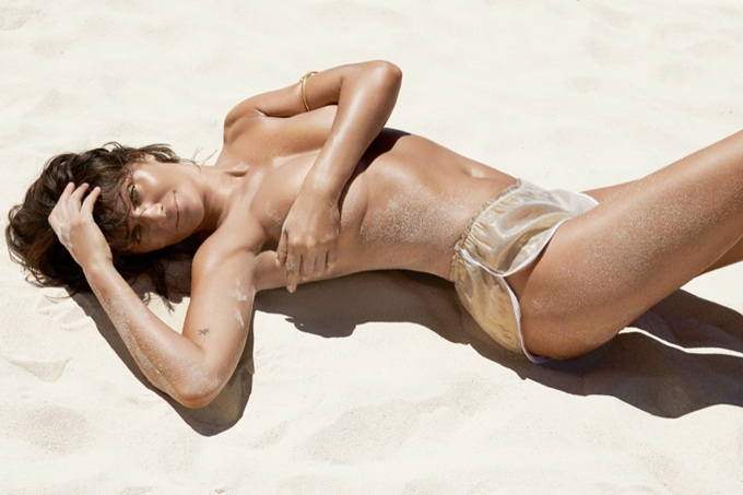 helena-christensen-swimsuit-photoshoot6.jpg