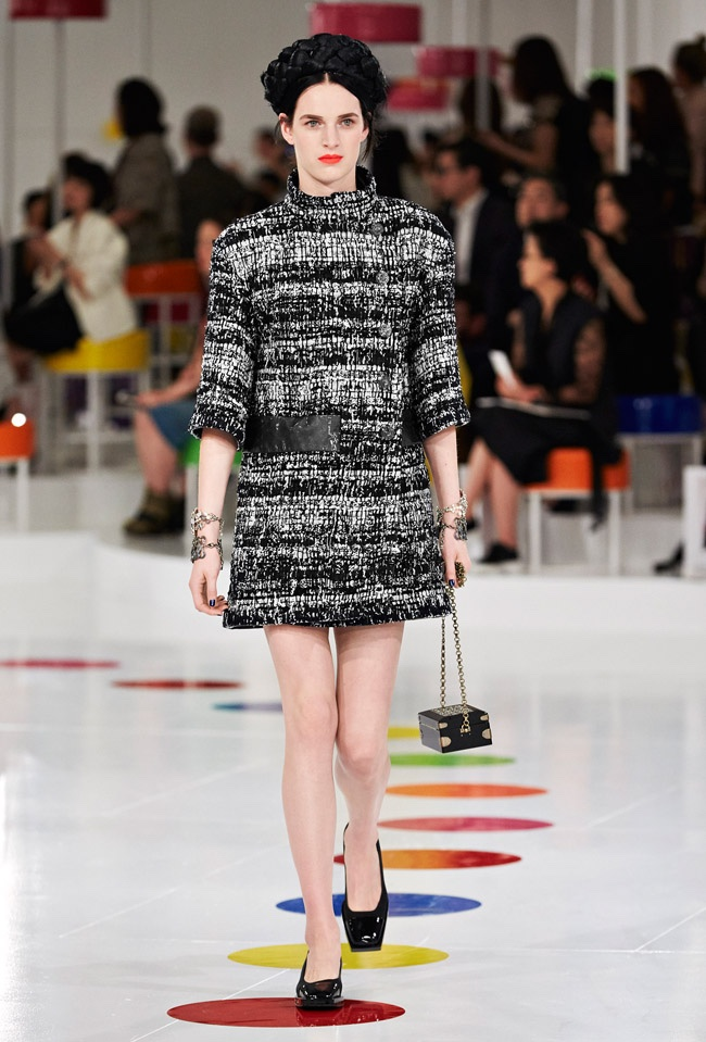 chanel-cruise-2016-collection52.jpg