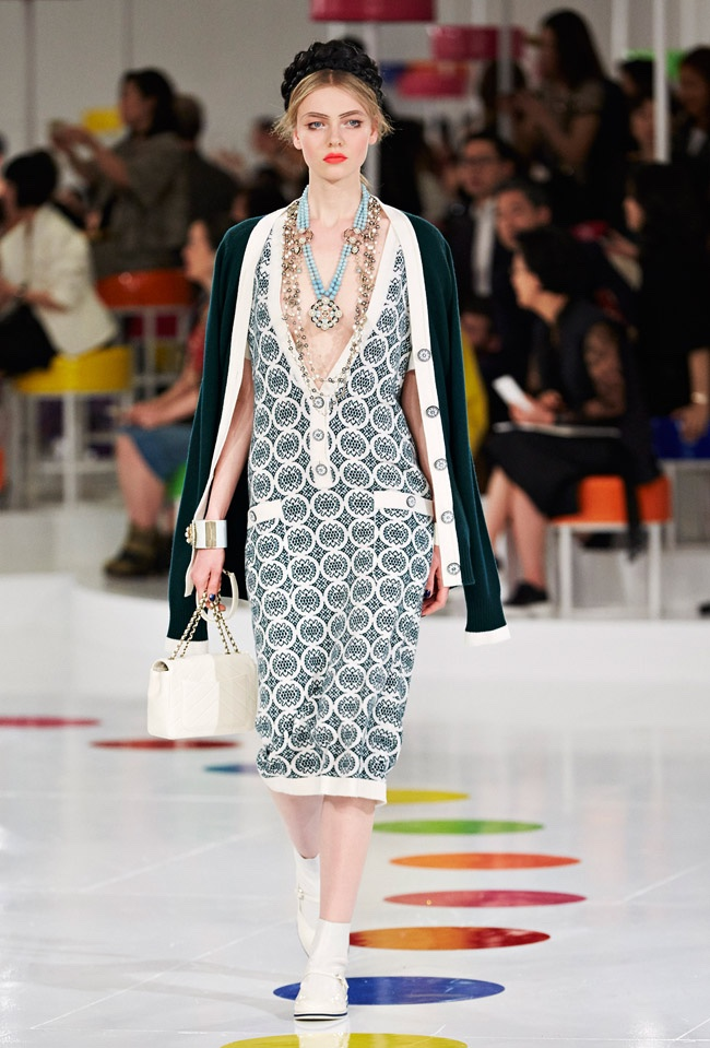 chanel-cruise-2016-collection54.jpg