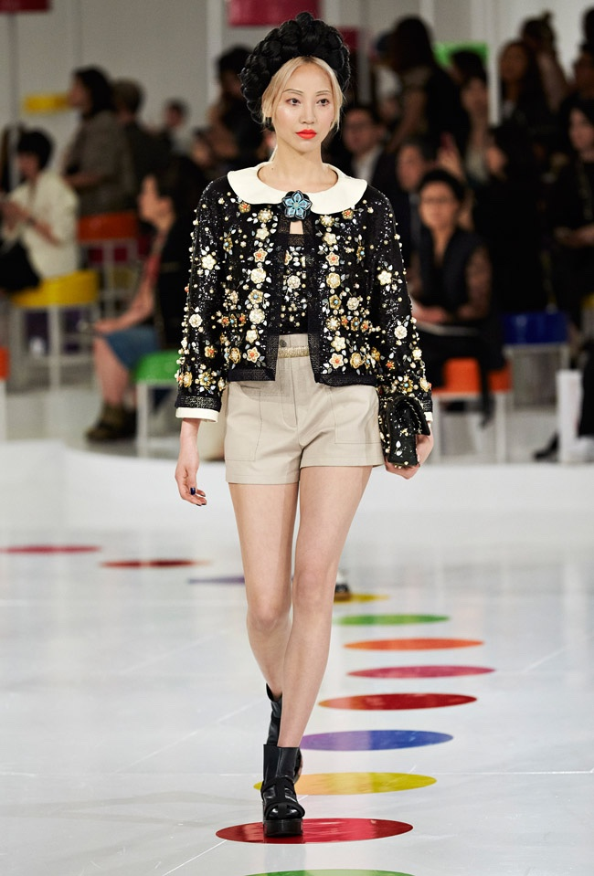 chanel-cruise-2016-collection75.jpg