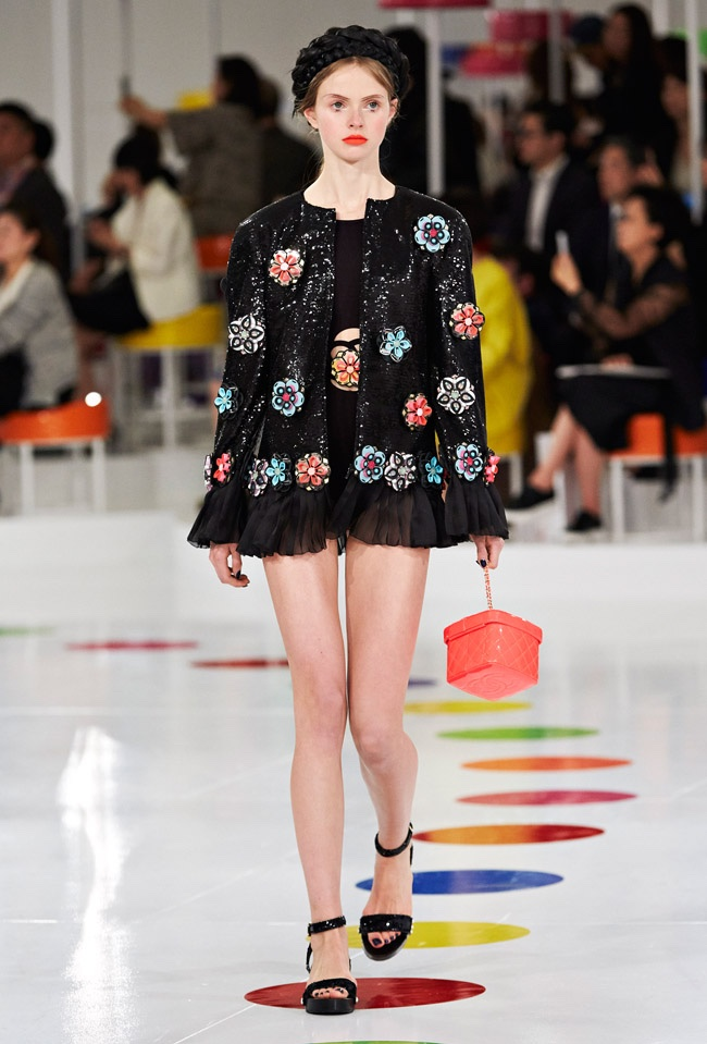 chanel-cruise-2016-collection77.jpg