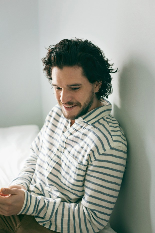 Kit-Harington-Mr-Porter-Jo-Metson-Scott-04-620x931.jpg