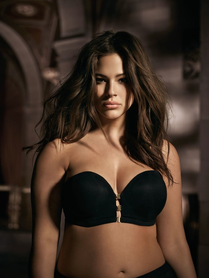Ashley-Graham-Addition-Elle-Underwear-2015-Campaign05.jpg
