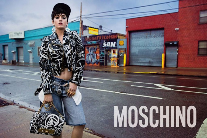 Katy-Perry-Moschino-2015-Photos04.jpg