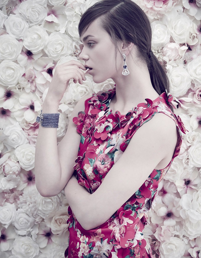 Jenna-Earle-Floral-Fashion02-800x1444.jpg