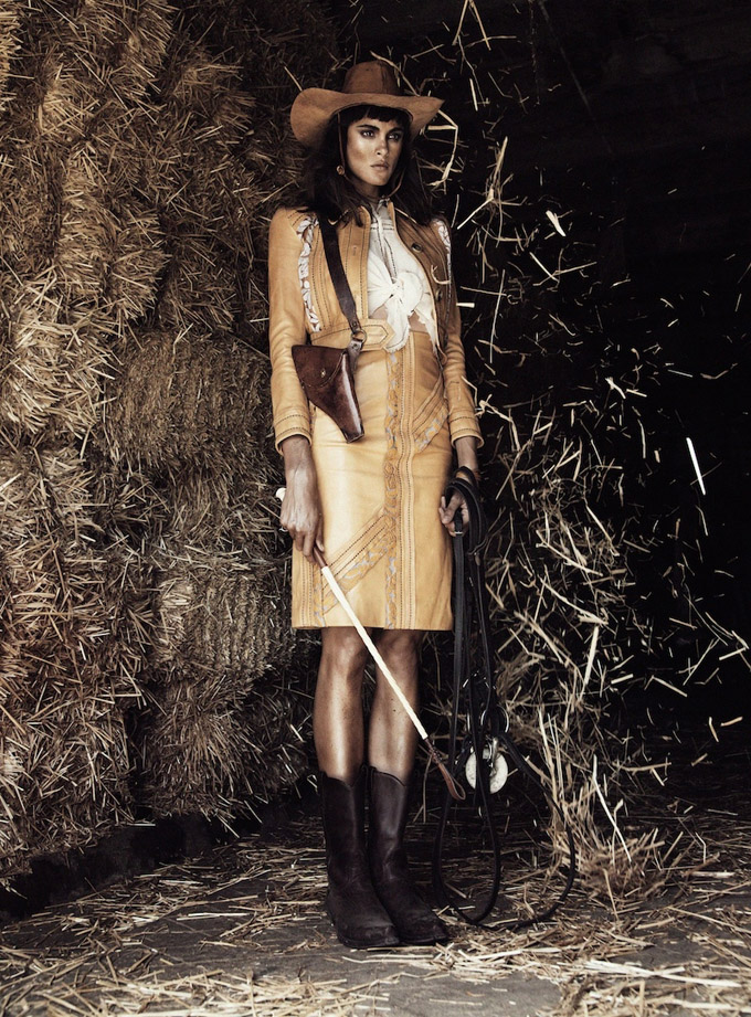 Western-Fashion-Model-Editorial06-800x1444.jpg